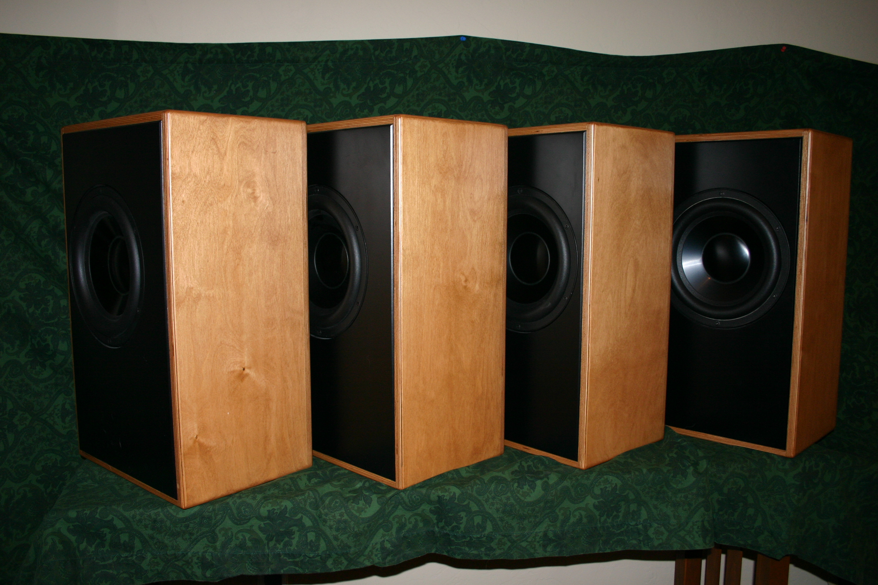 Debra Distributed Eq Bass Reflex Array 5 Pieces James Romeyn Subwoofers Will Consistent Power To Both Maximizing Your Black Baffles With Drivers Face The Walls